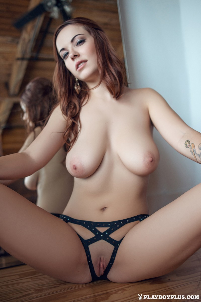 elizabeth-marxs-fantasy-lingerie-nude-playboy-19