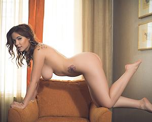 elizabeth-marxs-nude-armchair-playboy