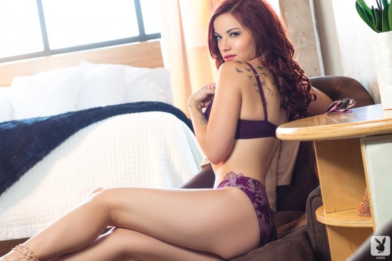 elizabeth-marxs-naked-lingerie-playboy-03