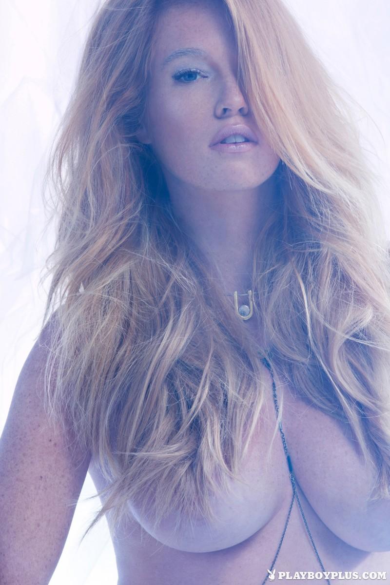 elizabeth-ostrander-redhead-ice-nude-playboy-02