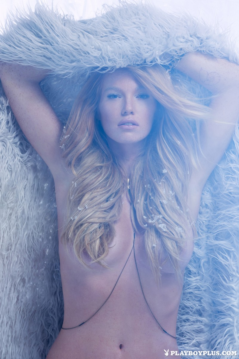 elizabeth-ostrander-redhead-ice-nude-playboy-05