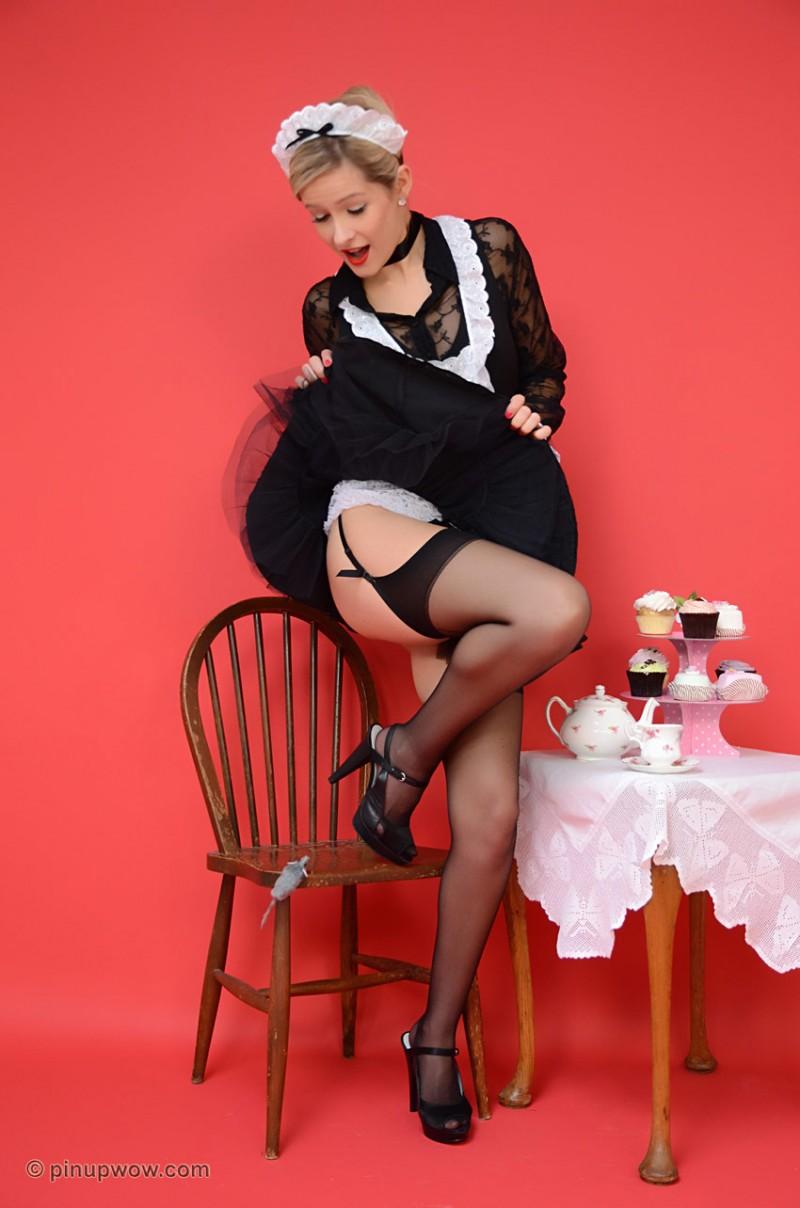 elle-richie-maid-pinupwow-05
