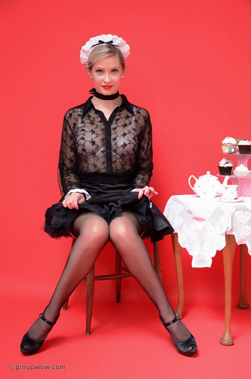 elle-richie-maid-pinupwow-09