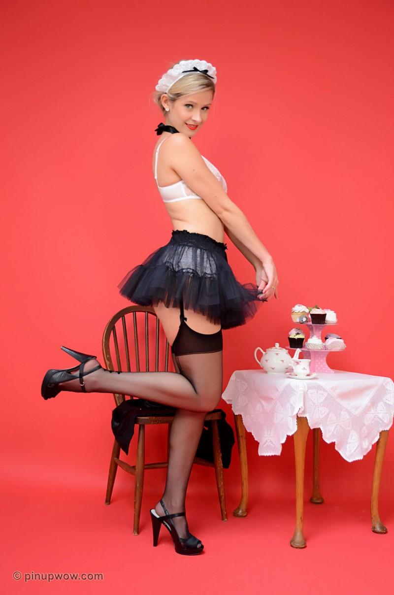 elle-richie-maid-pinupwow-14