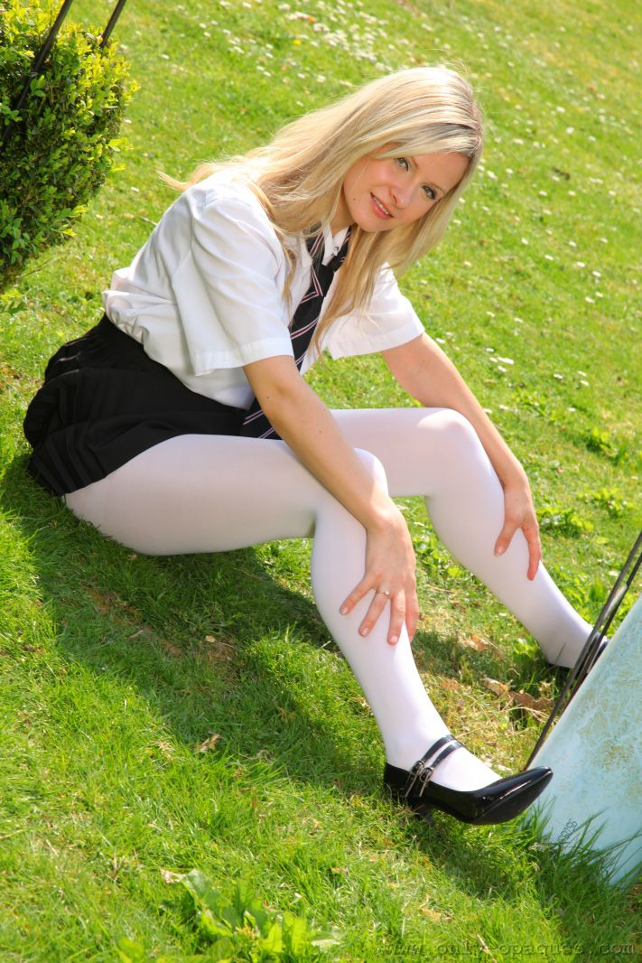 elle-richie-white-stockings-onlytease-05