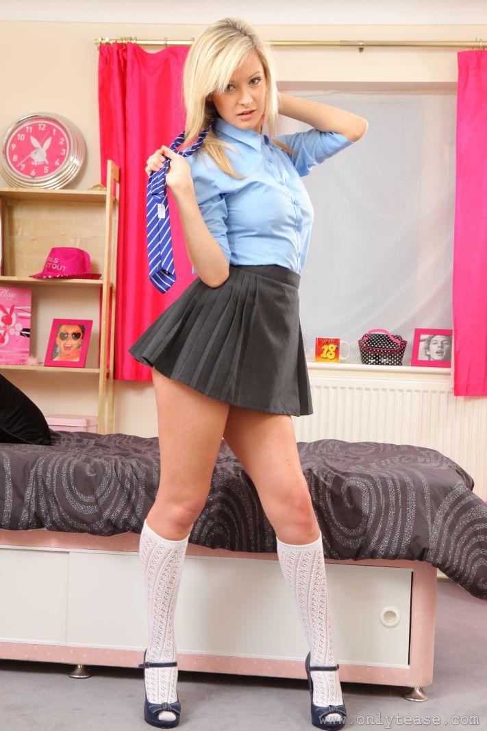 elle-richie-topless-tie-schoolgirl-onlytease-12