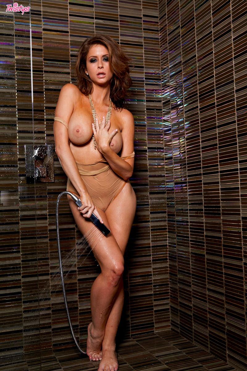 emily-addison-shower-twistys-11
