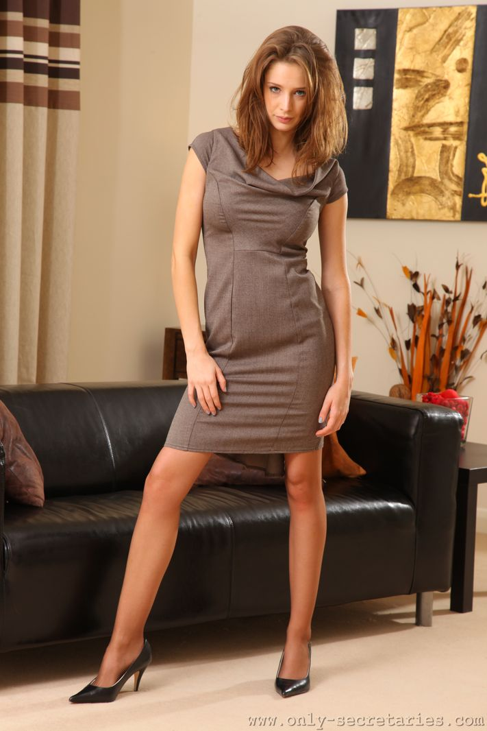 emily-agnes-pantyhose-only-secretaries-01