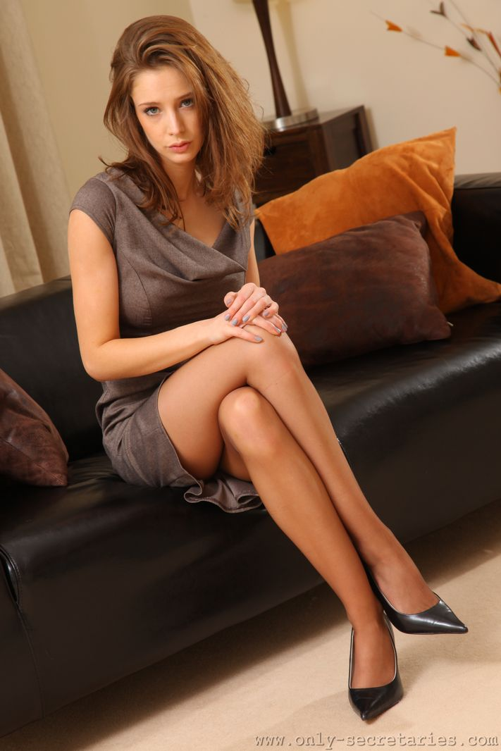 emily-agnes-pantyhose-only-secretaries-06