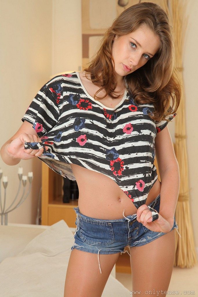 emily-agnes-jeans-mini-pantyhose-onlytease-08
