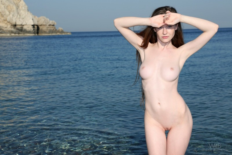 emily-seaside-beach-watch4beauty-10