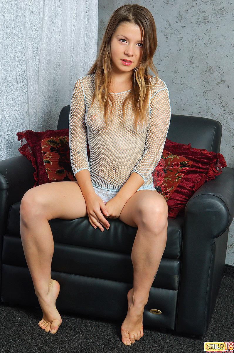 emily18-fishnet-naked-armchair-01