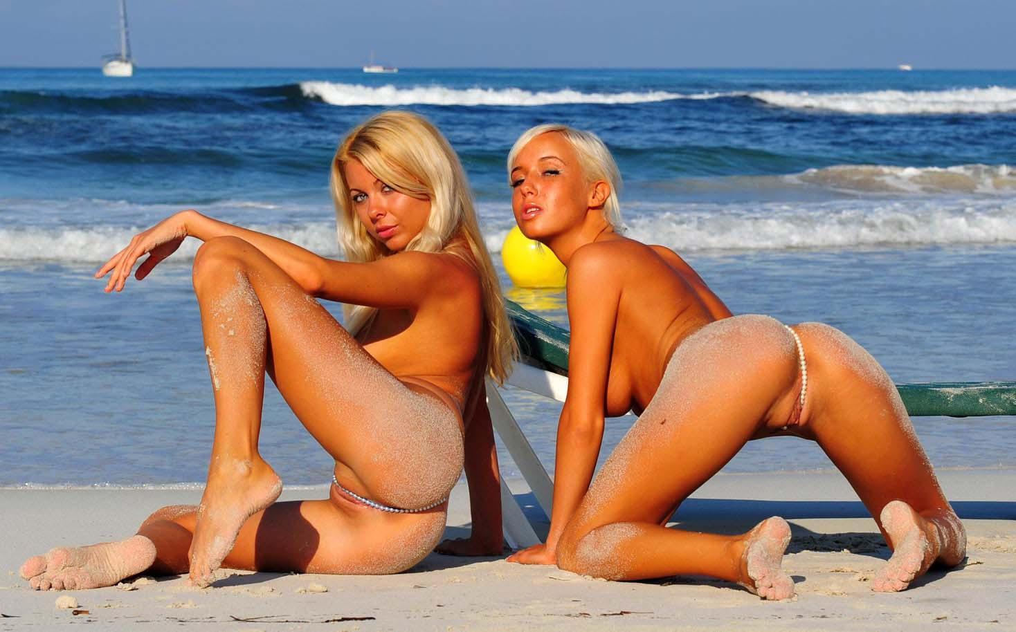 Фото девушек на пляже без бикини 21 фотография