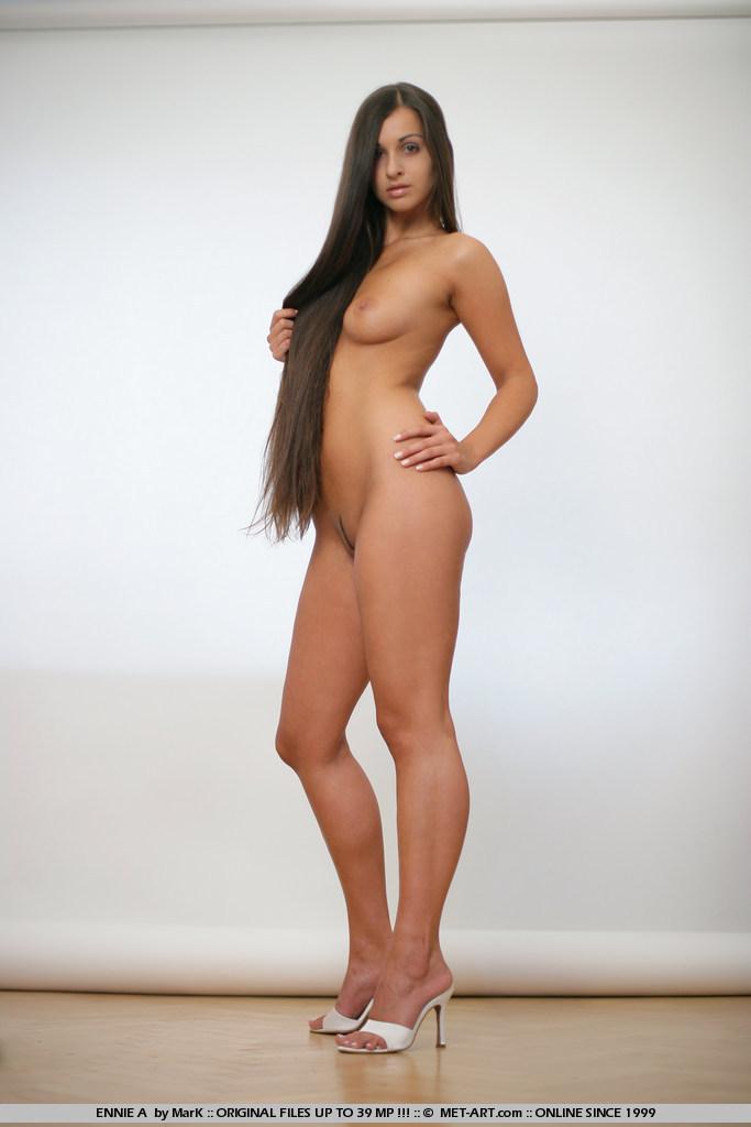 ennie-a-corset-nude-metart-05