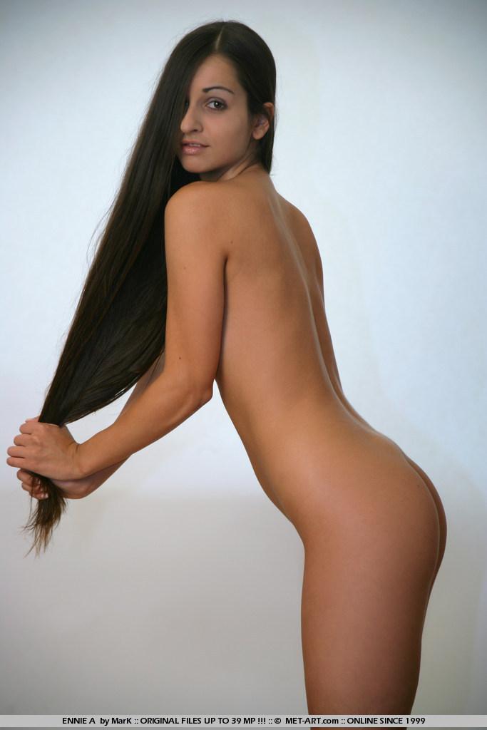ennie-a-corset-nude-metart-12