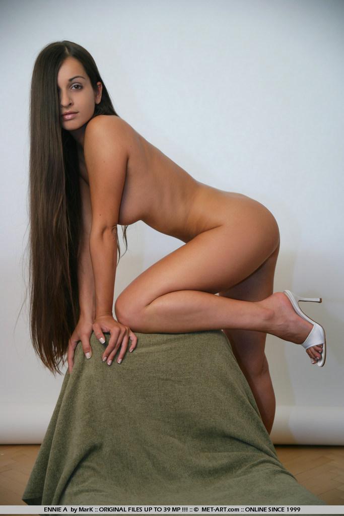 ennie-a-corset-nude-metart-16
