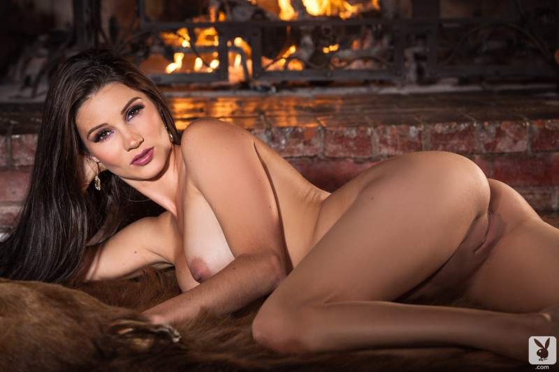 erika-knight-hunting-cottage-playboy-20