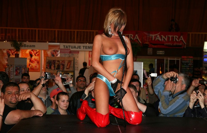 eros-show-bucharest-2007-vol2-02