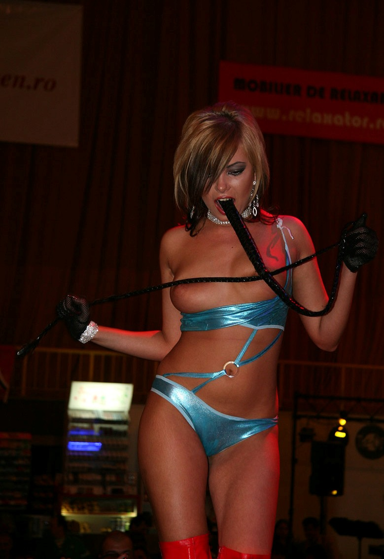 eros-show-bucharest-2007-vol2-03