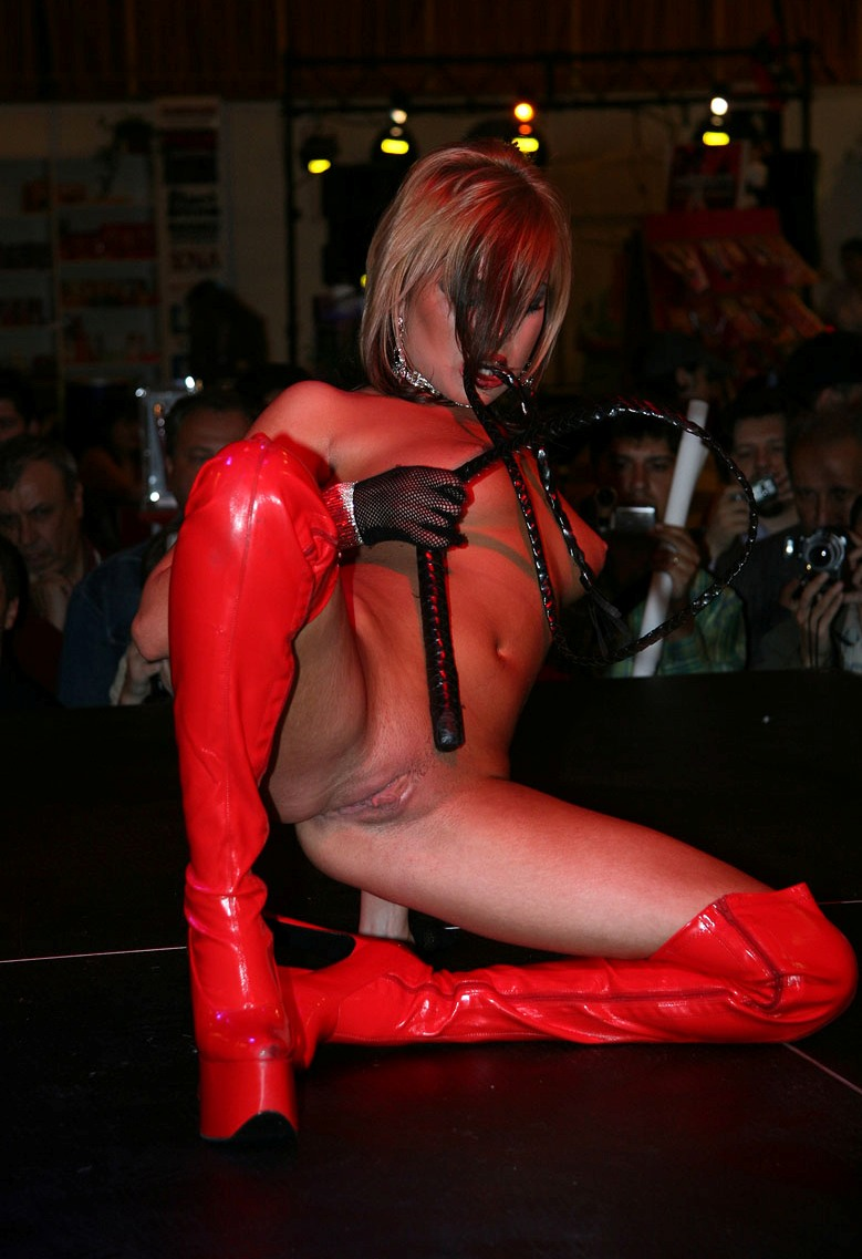 eros-show-bucharest-2007-vol2-08