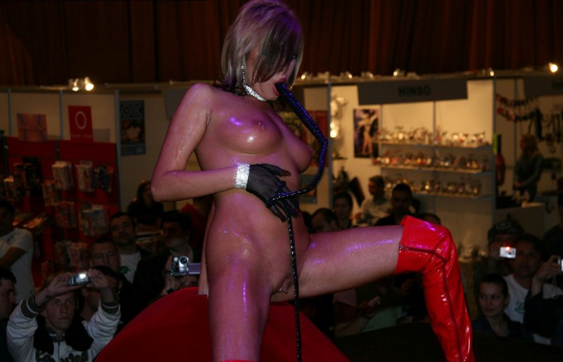 eros-show-bucharest-2007-vol2-14