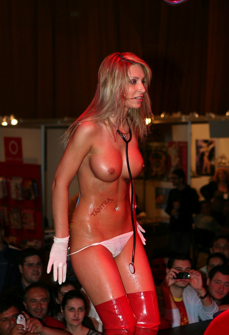 eros-show-bucharest-2007-vol2-31