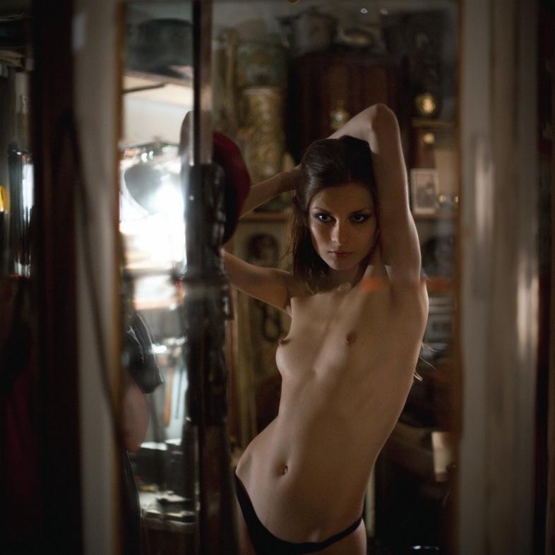 erotic-photos-vol7-24