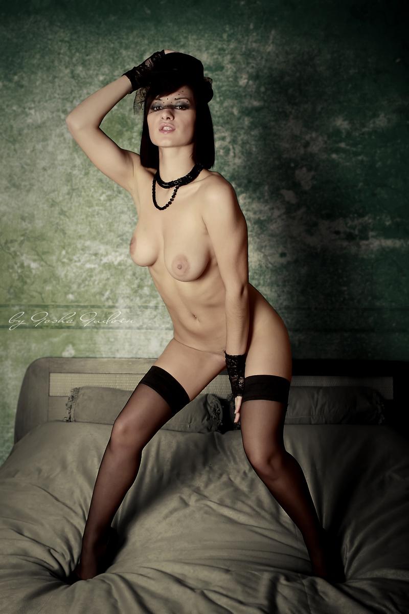 erotic-photos-vol9-36