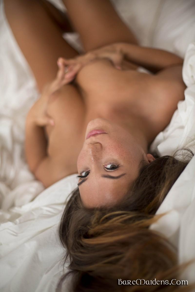 eva-lovia-bedroom-baremaidens-06