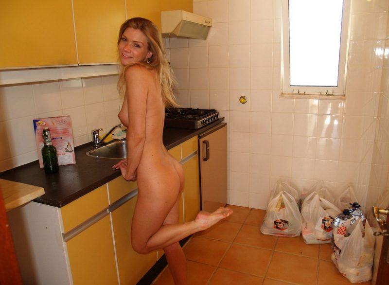 eva-nude-holidays-naturists-06