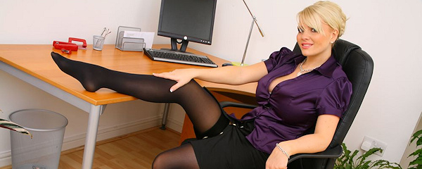 Faith Nelson – Busty secretary
