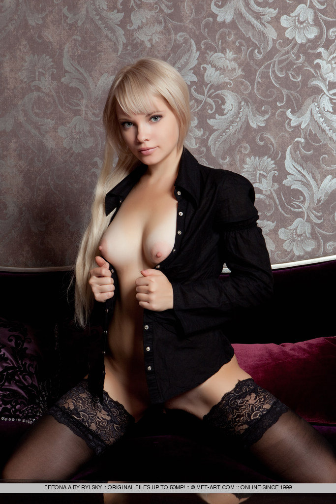 blonde black nudes - Feeona in black stockings