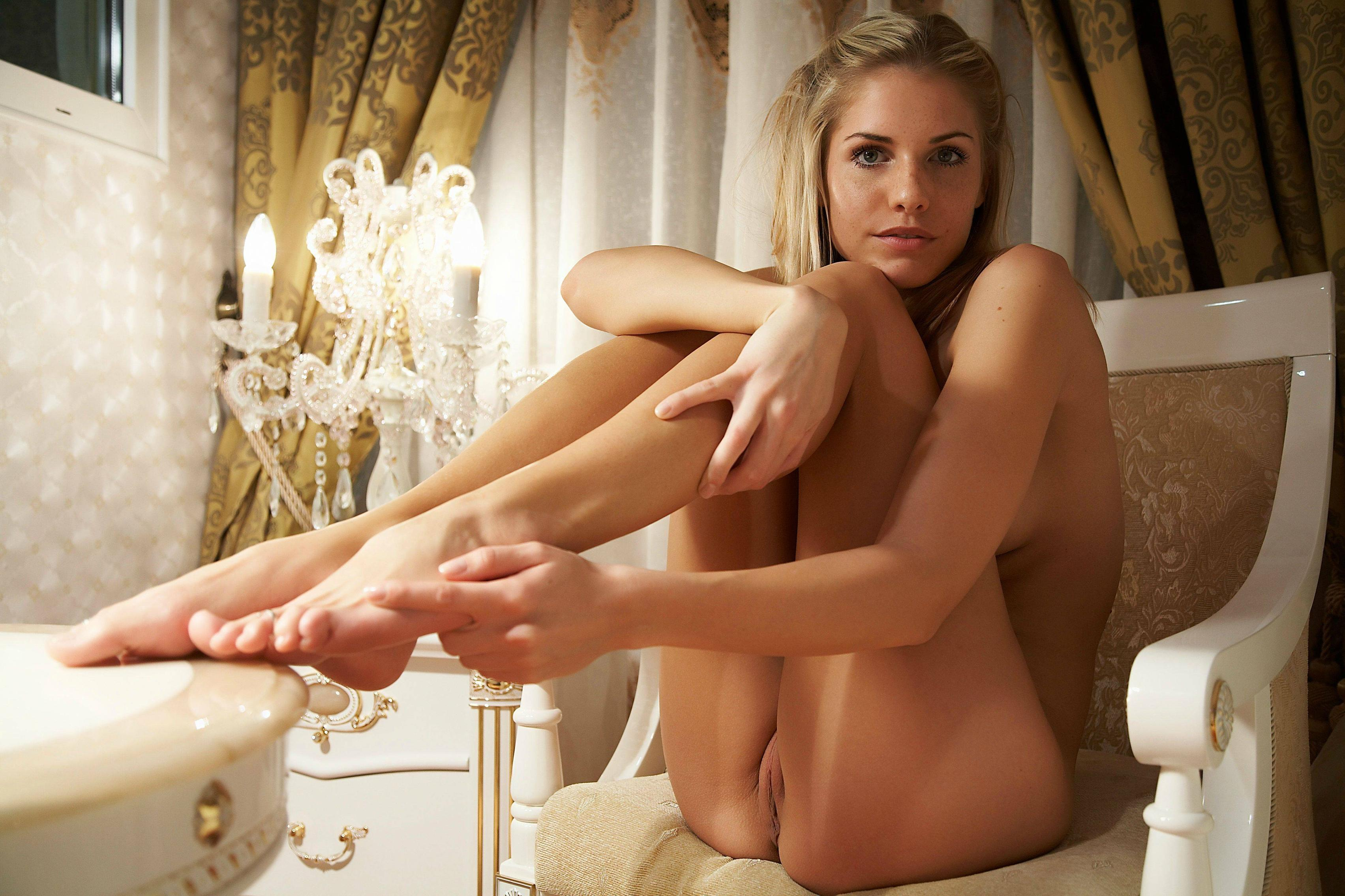 feet-fetish-nude-girls-foot-mix-vol5-34