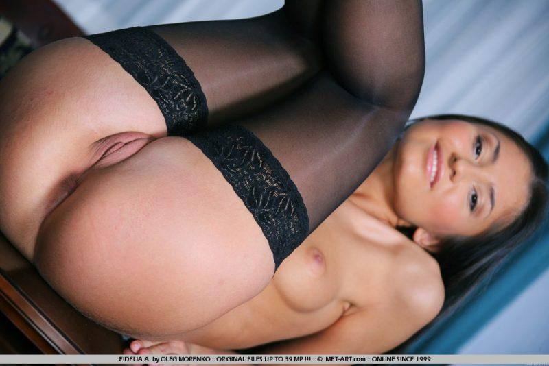 fidella-a-black-stockings-met-art-17