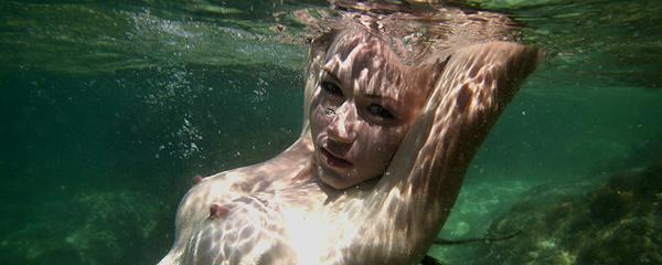 Firebird – Underwater beauty