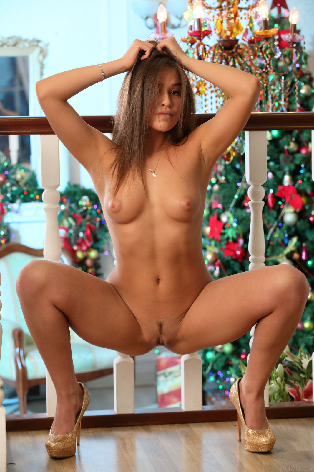 foxy-salt-lingerie-high-heels-nude-girl-xmas-metart-14