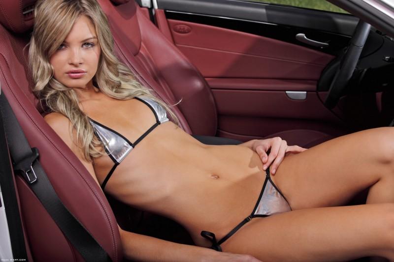 francesca-nude-blonde-mercedes-sl-xart-01