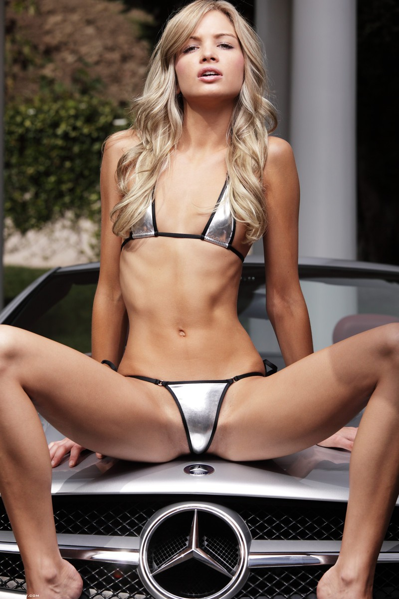 francesca-nude-blonde-mercedes-sl-xart-05