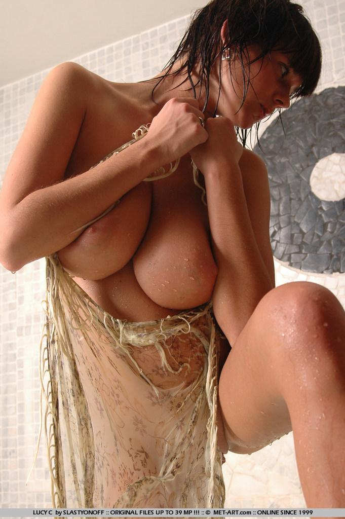lucy-c-bath-boobs-nude-metart-14