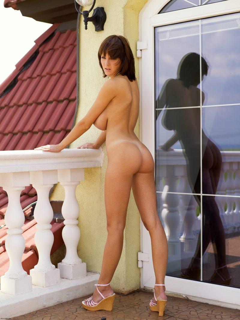 gabrielle-big-tits-balcony-mcnudes-07