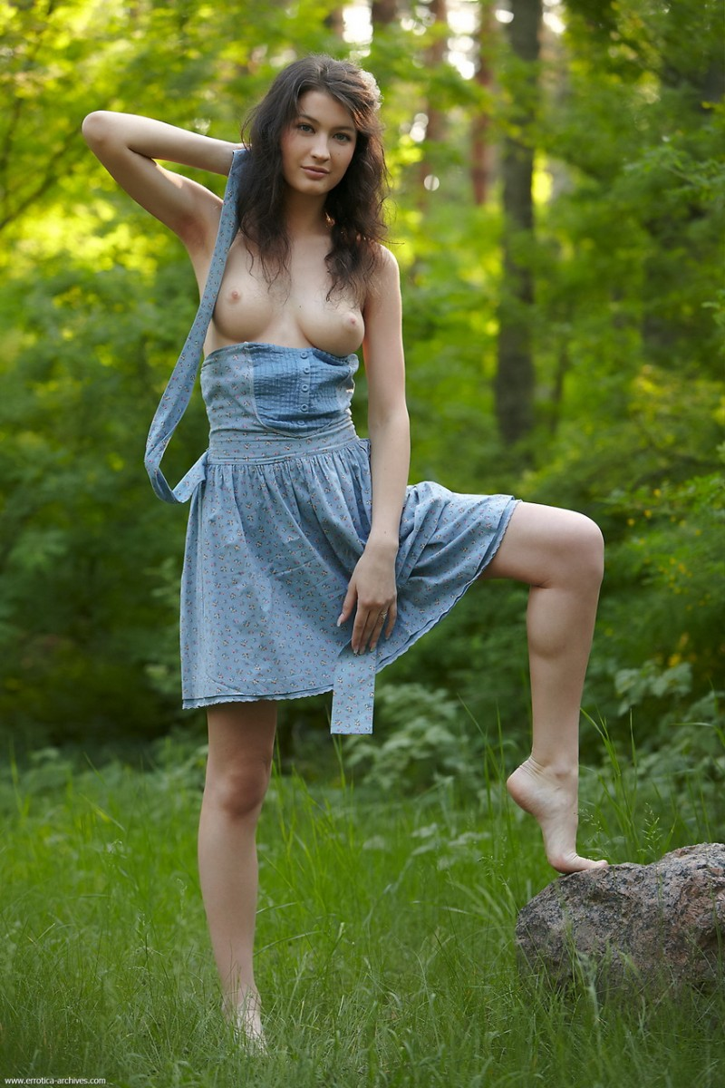 glafira-forest-nude-errotica-archives-04