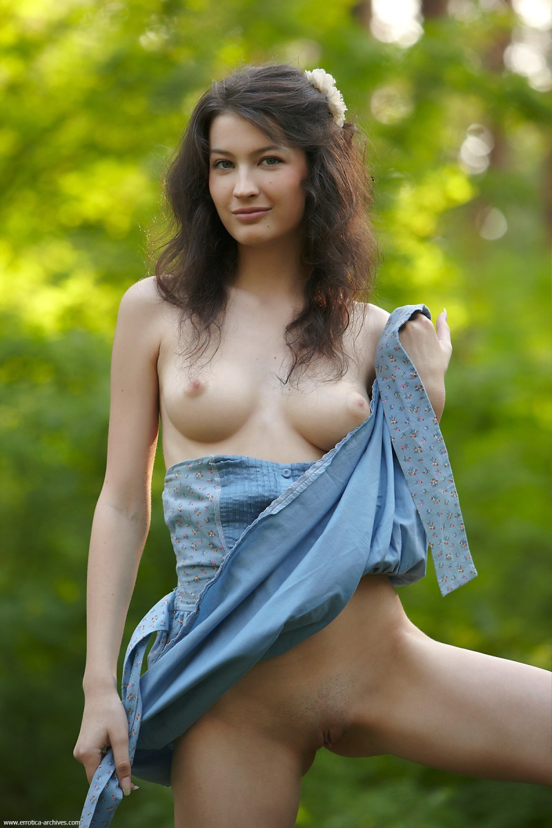 glafira-forest-nude-errotica-archives-05