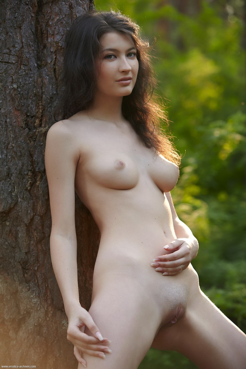glafira-forest-nude-errotica-archives-13