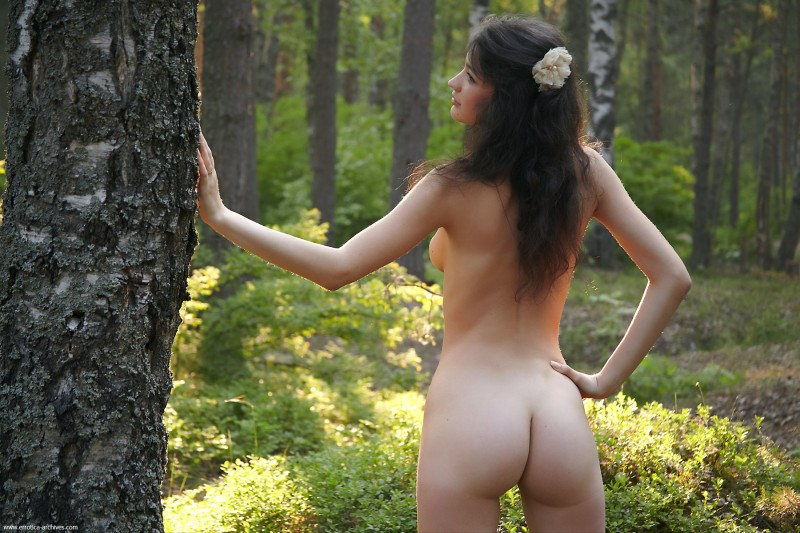 glafira-forest-nude-errotica-archives-14