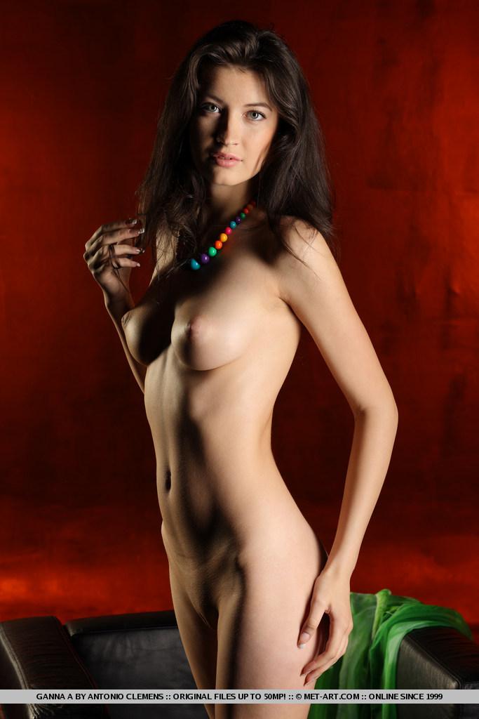 ganna-a-nude-armchair-metart-08