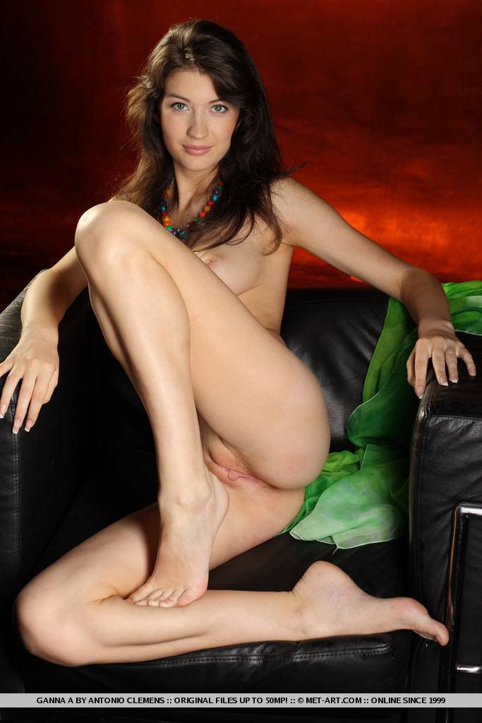 ganna-a-nude-armchair-metart-15