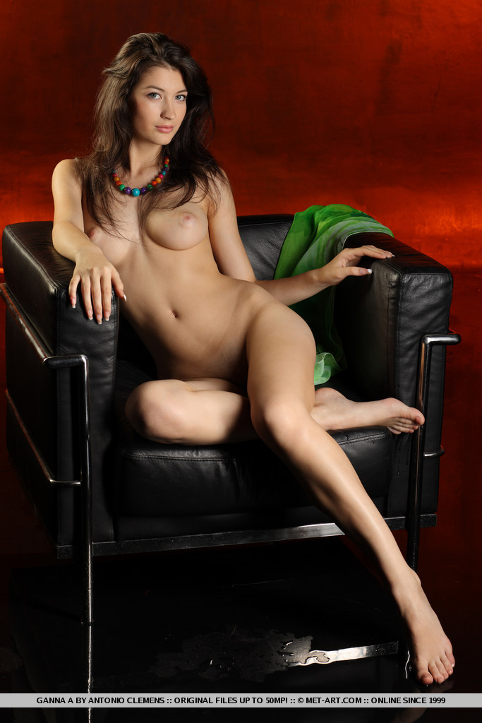 ganna-a-nude-armchair-metart-16