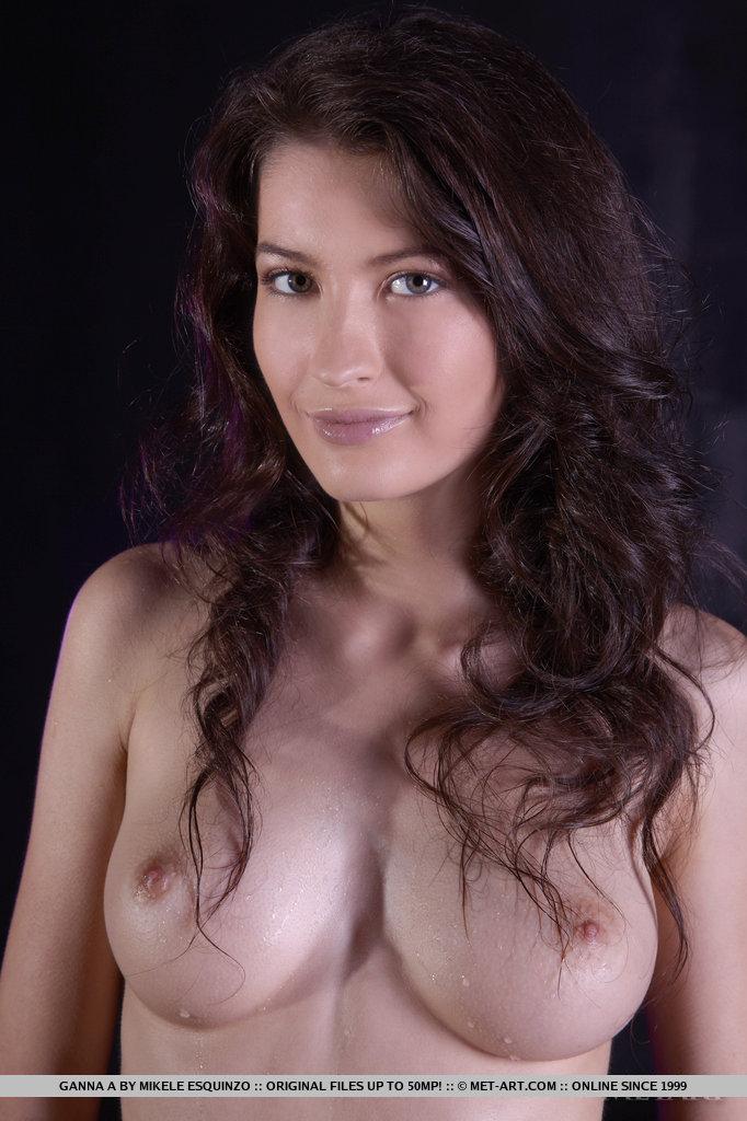 ganna-a-wet-naked-metart-04