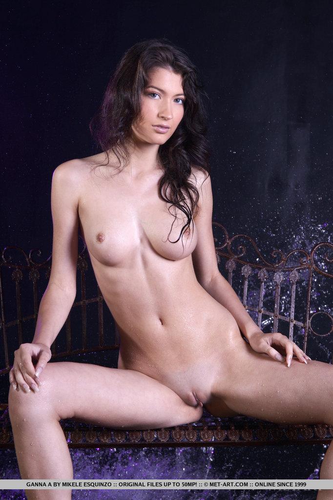 ganna-a-wet-naked-metart-06