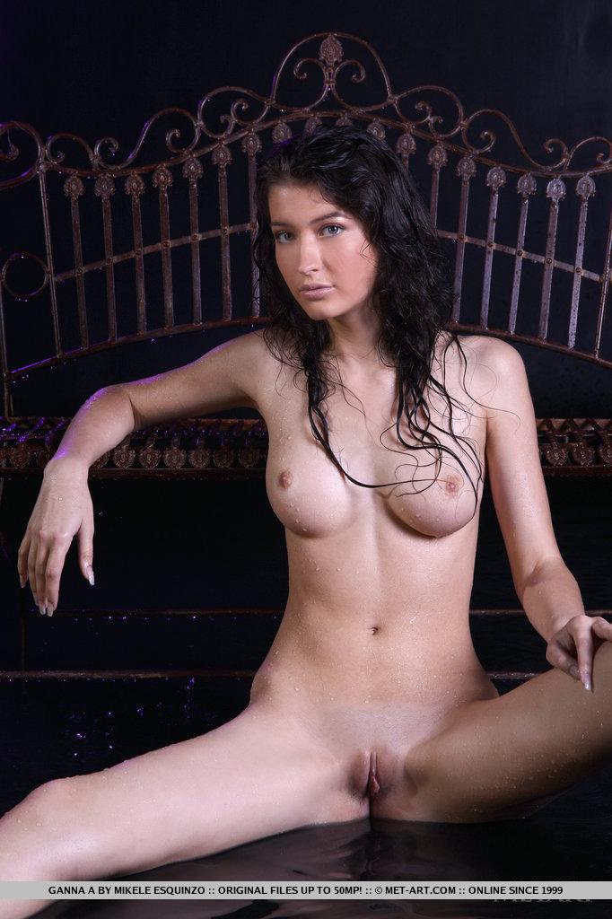 ganna-a-wet-naked-metart-10
